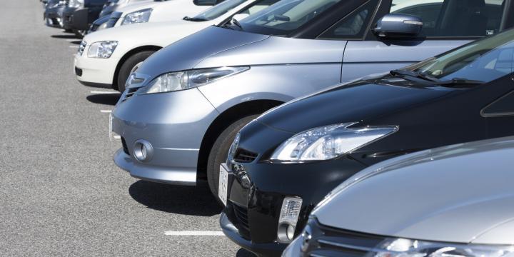駐車場内で物損事故が発生した場合の過失割合の考え方