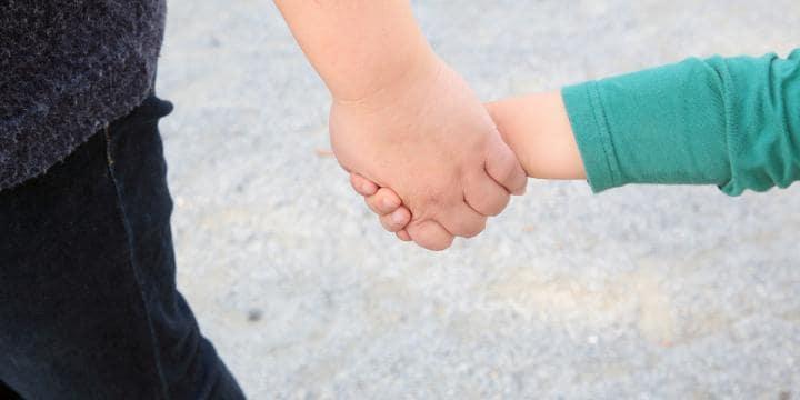 別居する際に子どもをどちらが連れていくか
