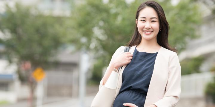 妊娠中の働く女性は職場にどのような配慮を求めることができるのか