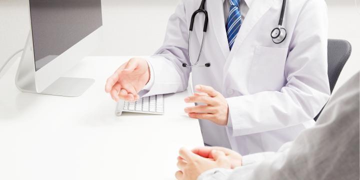 医師や弁護士などが秘密を漏らした場合の罪 秘密漏示罪が成立する要件と刑罰の内容