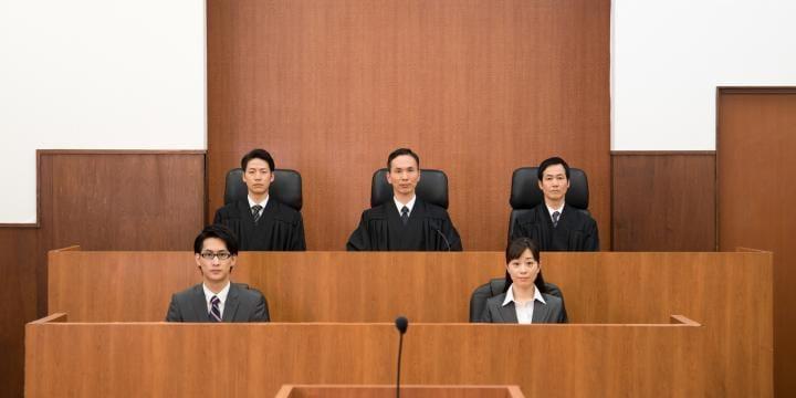 公訴棄却・免訴とは|有罪でも無罪でもない判決を解説