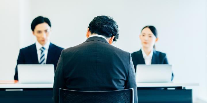 【人事労務担当者向け】ケガや病気で働けない従業員を休職明けに解雇する条件と注意点