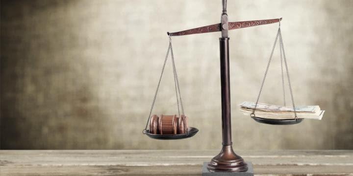 痴漢(迷惑防止条例違反)の示談金や慰謝料の相場