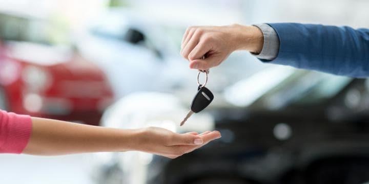 相手名義の車やローンが残っている車も離婚するときの財産分与の対象になる?【弁護士Q&Aまとめ】