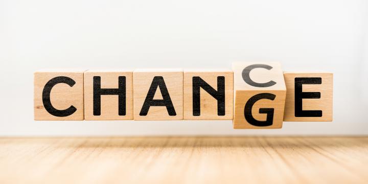 親権者の変更が認められるケースと手続の流れ