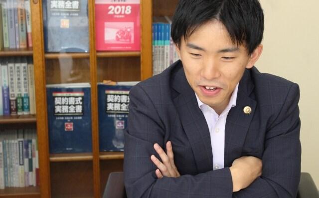 中野弁護士