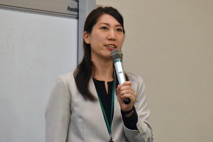 染矢さん(2019年11月12日、東京都、弁護士ドットコム撮影)