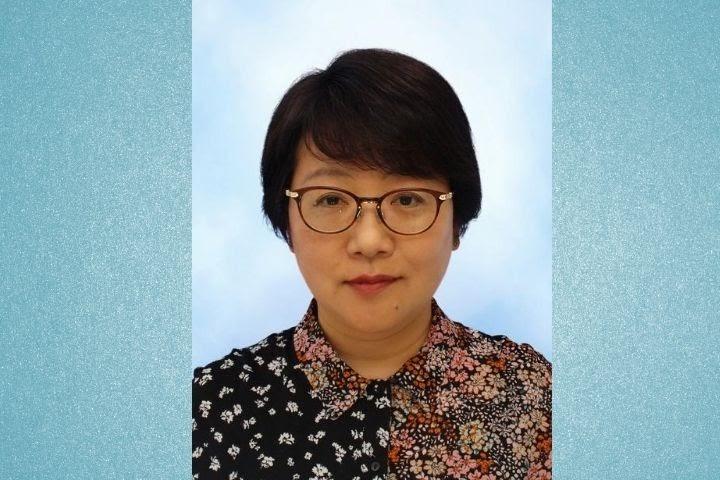 岩間陽子教授