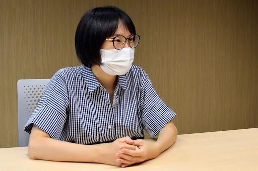 取材に応じるインベカヲリ☆さん(9月15日、東京都内、弁護士ドットコム撮影)